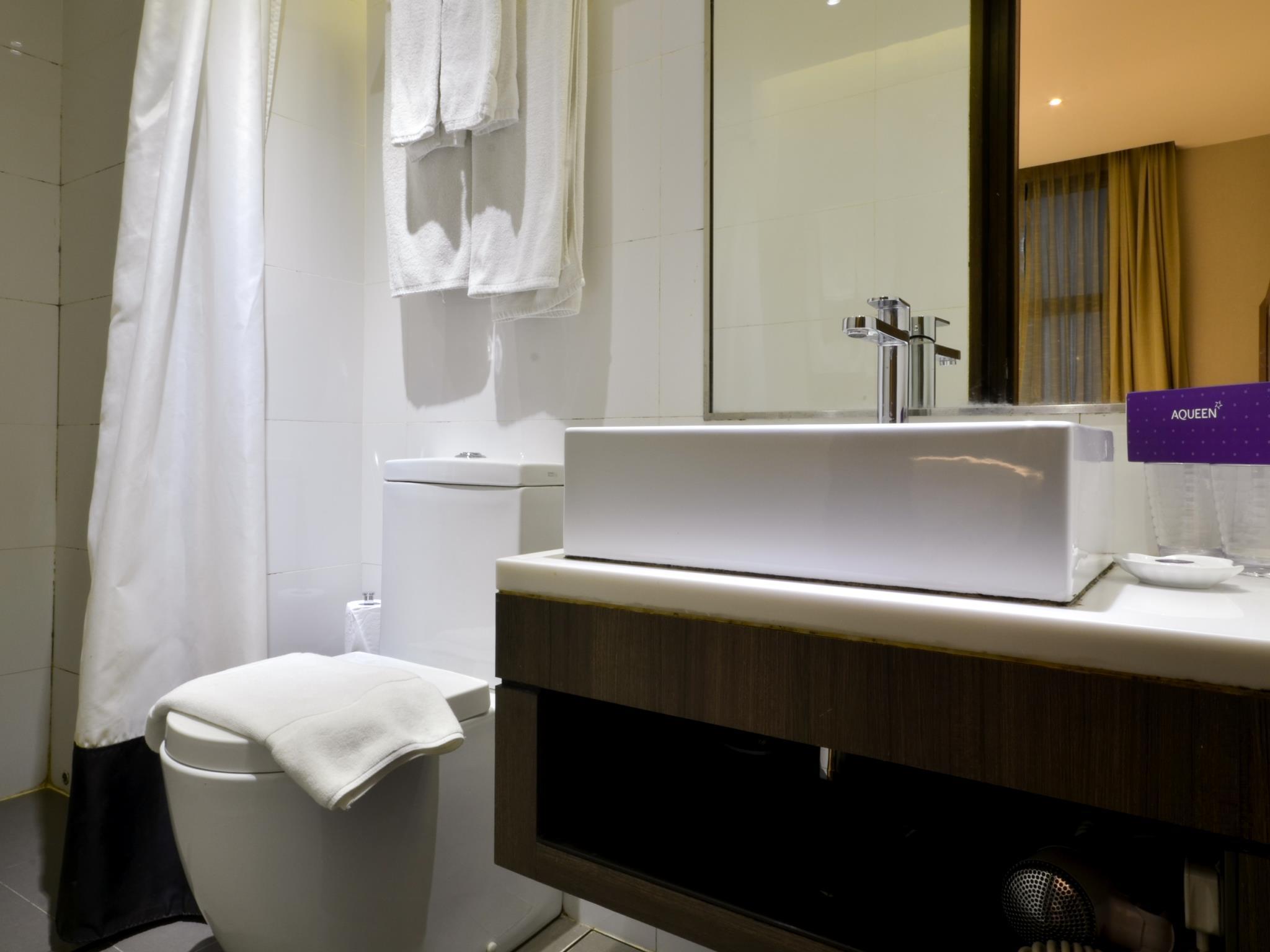 Bathroom Accessories Jalan Besar aqueen jalan besar hotel singapore - singapore hotels - singa at
